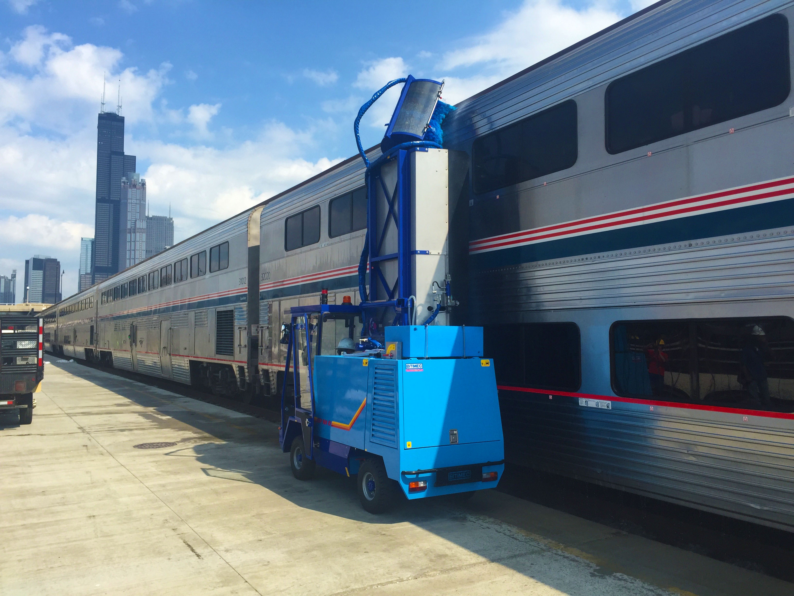 Washing bots for light rail, bullet trains and railcars