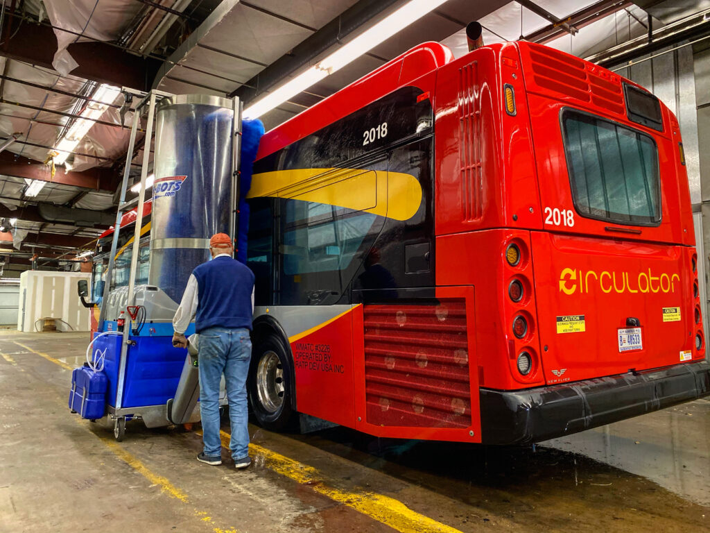 RATP Group buys 2 Bus Wash-Bots
